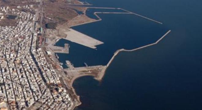 Έντονο επενδυτικό ενδιαφέρον για το λιμάνι της Αλεξανδρούπολης εξέφρασε η  αντιπροσωπεία των Ενωμένων Αραβικών Εμιράτων που επισκέφτηκε χθες τα  γραφεία του ... 7a059f61828